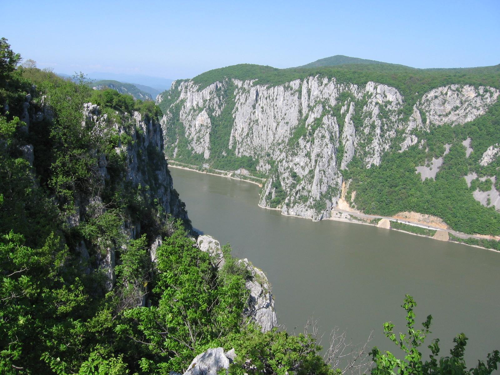 Cazanele Dunării, privire de sus asupra Dunării