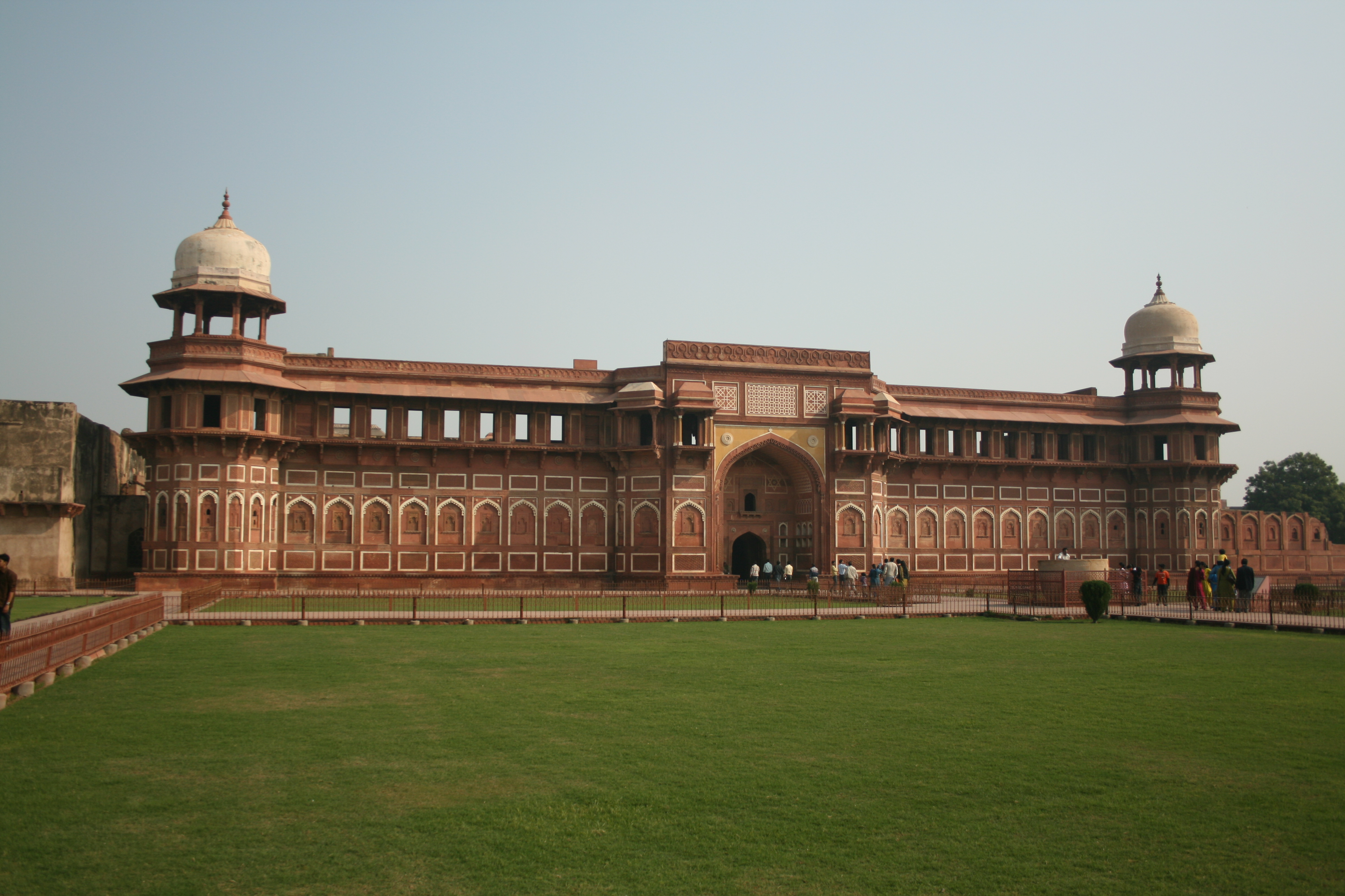 Fortul Roșu, India