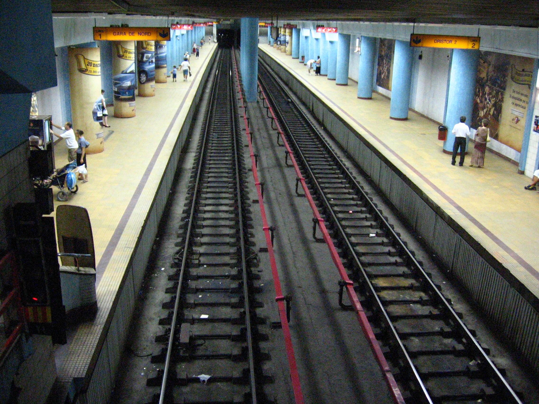 Metroul din Bucuresti: graffitti arta clandestina