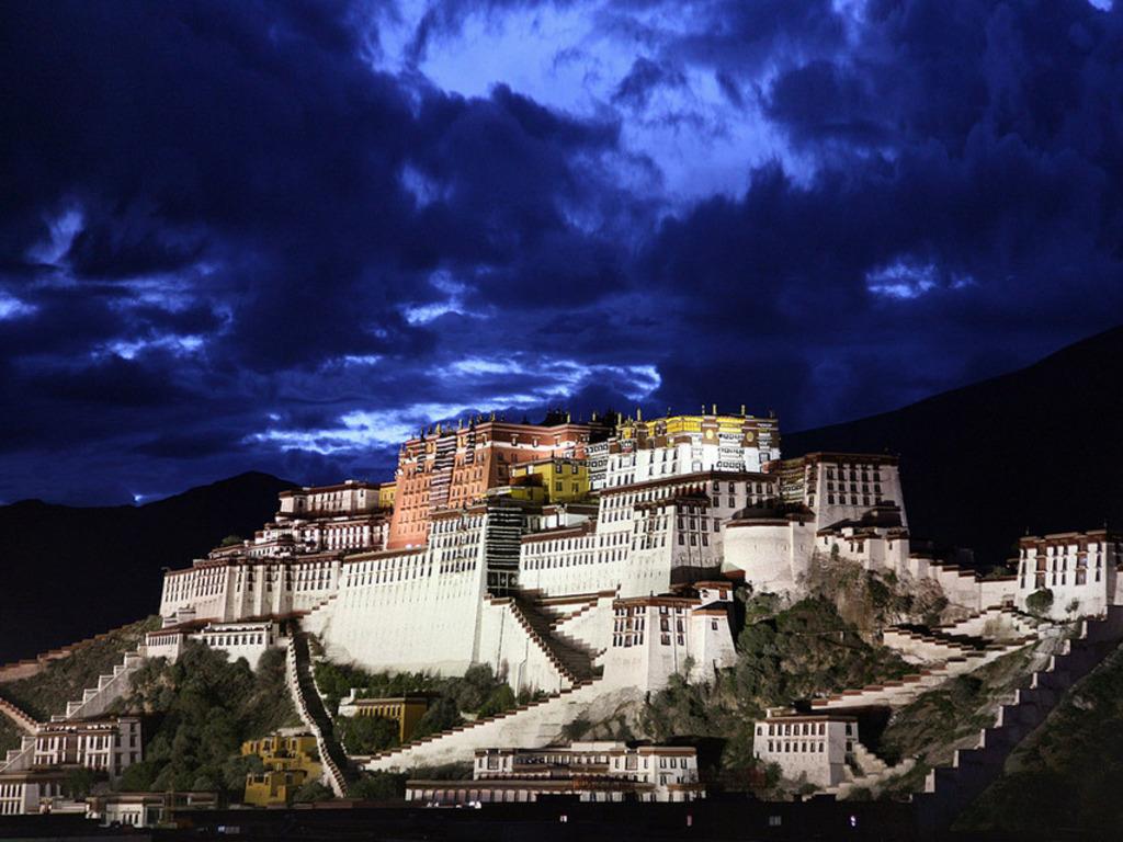 Palatul Potala, Tibet