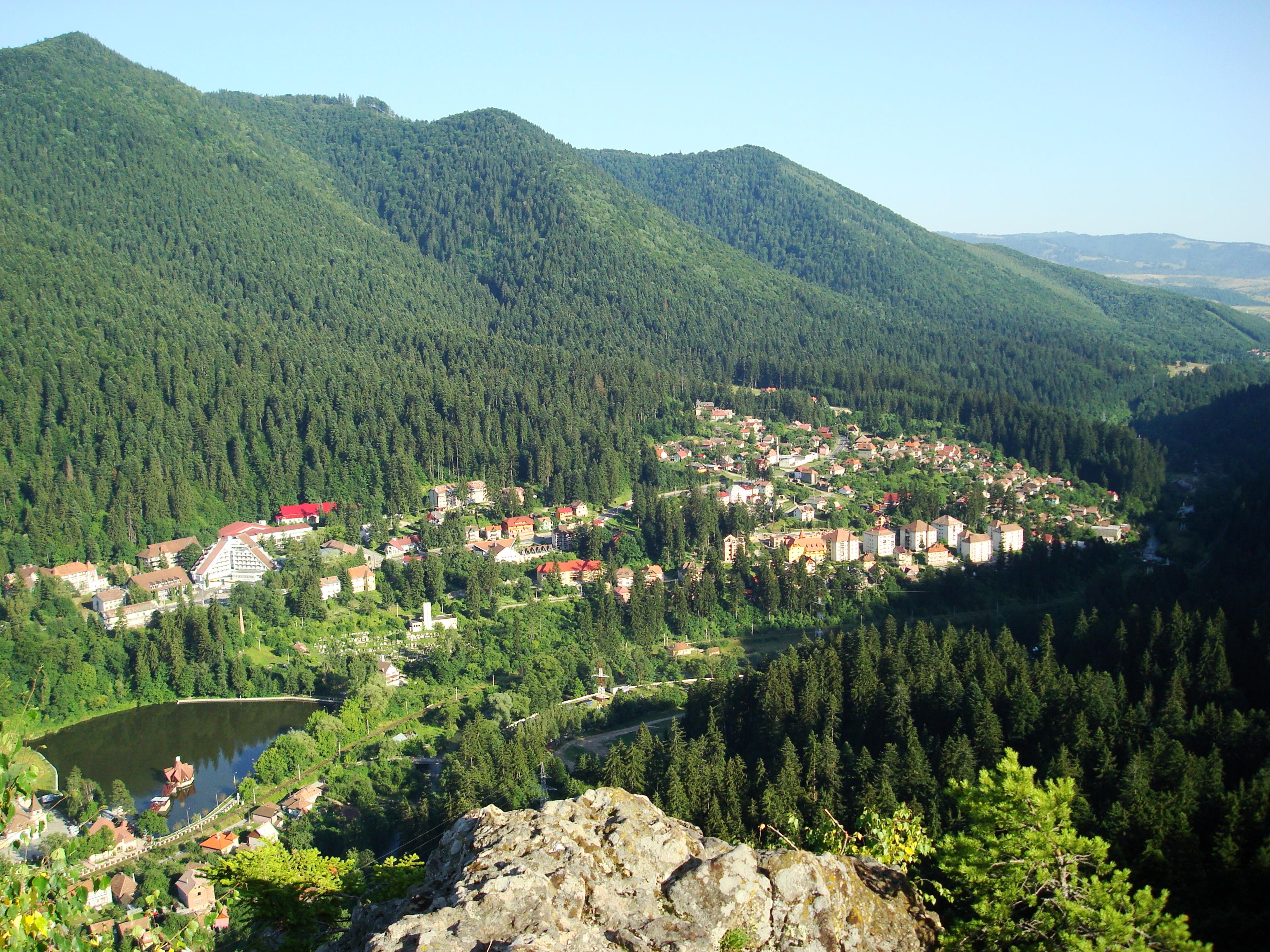 Statiunea Băile Tușnad văzută de sus