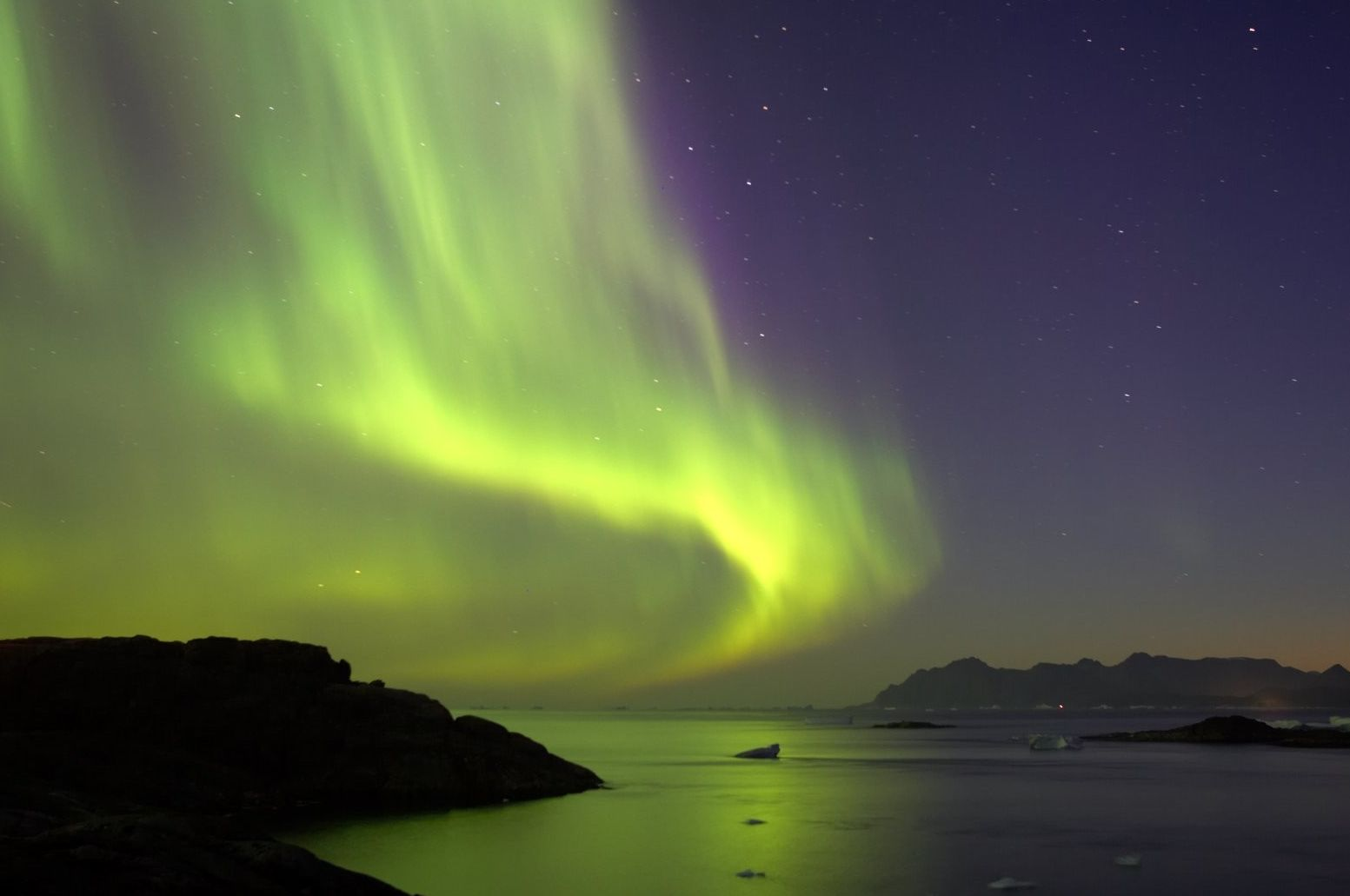 Aurora Boreala in Groenlanda
