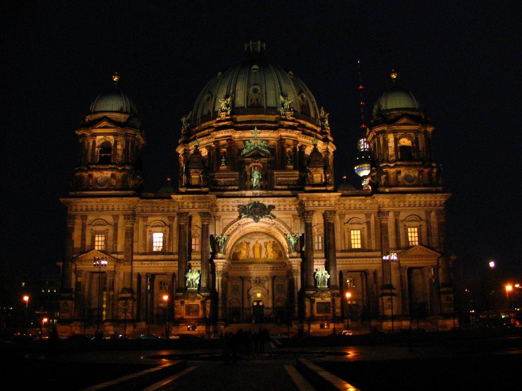 Catedrala din Berlin, o deosebită operă arhitecturală în capitala germană