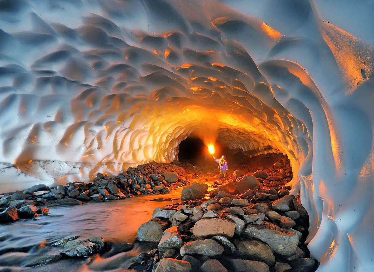 Algarve, o peșteră mai deosebită