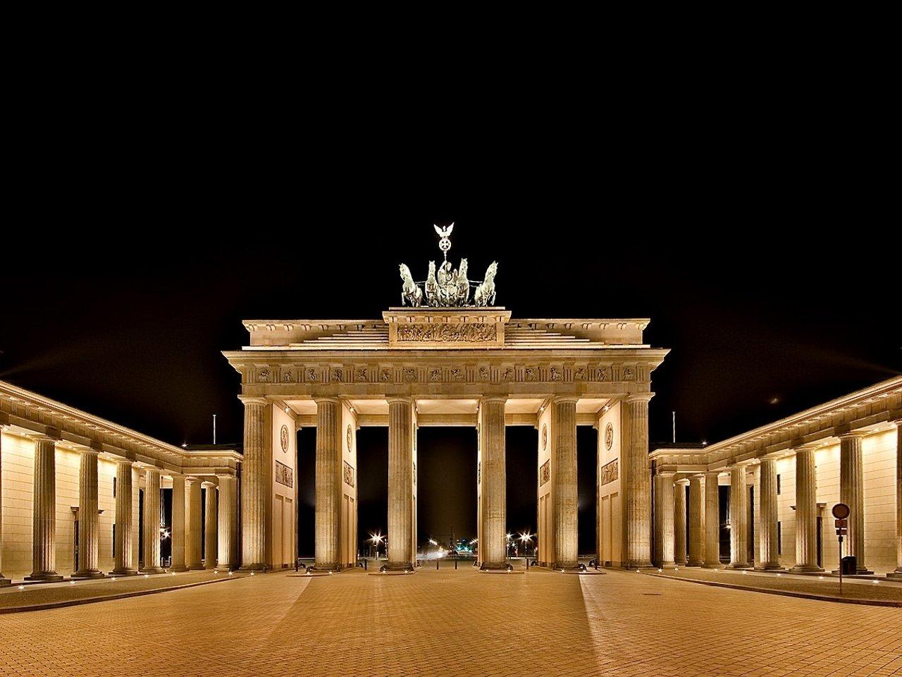 Poarta Brandenbung, simbolul istoriei Europei