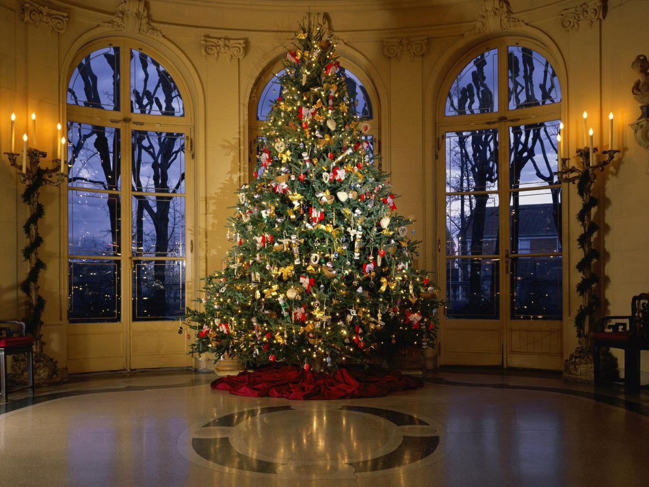 Pomul de Crăciun înfrumusețează toate casele din lume