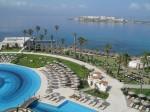 Stațiunea oferă hoteluri de lux dar și soluții pentru bugete mai reduse
