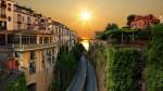 Străduţele înguste din Sorrento par rupte din poveşti