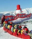 Şcoala de schi pentru copii din staţiunea Les Arcs