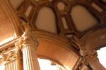 Decorațiunile interioare sunt cel puțin la fel de frumoase ca cele exterioare