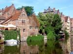 Imagine ireal de frumoasă din vechiul oraș flamand