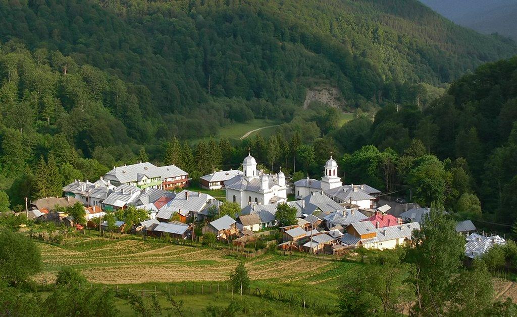 Mănăstirea Ghighiu din satul Ghighiu, comuna Bărcănești, județul Ploiești