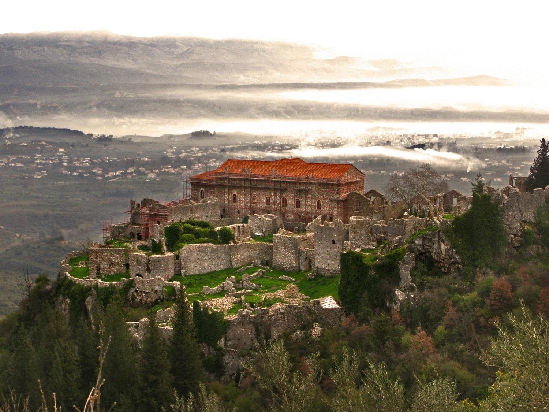 Mystras, orășelul din munți