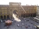 Piazza della Repubblica, punct de atracție pentru numeroși turiști