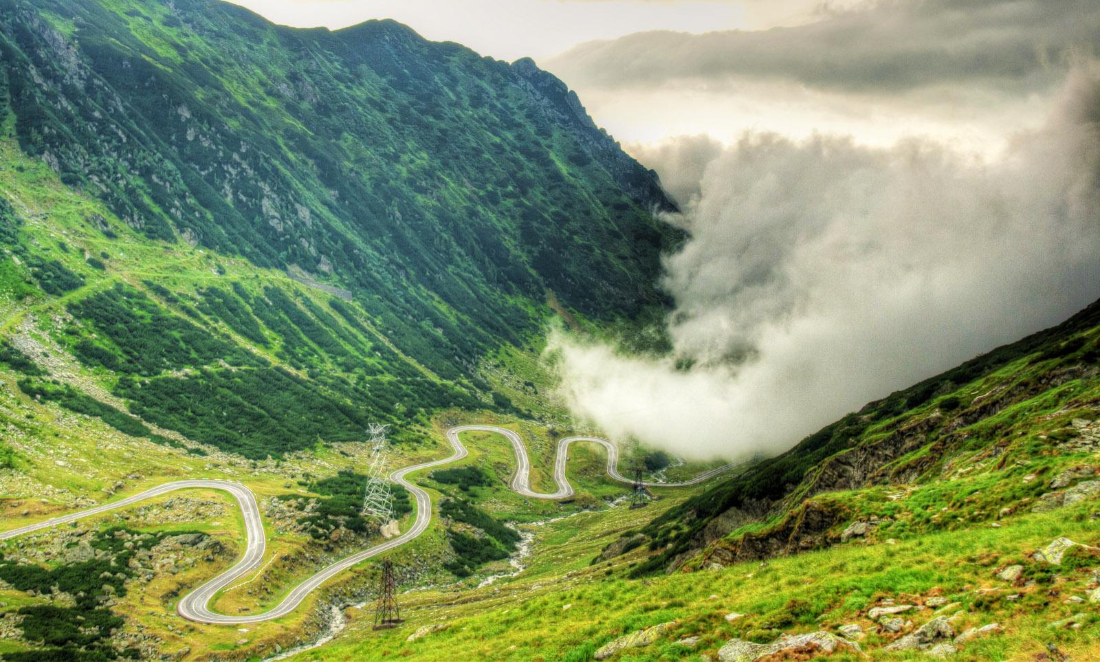 Şoseaua Transfăgărăşan, calea de acces spre Bâlea