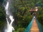 Una dintre cele 60 de cascade din Banos
