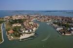 Vedere de sus asupra insulei Murano