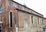 Biserica Sfântul Petru Martir care datează din anul 1348
