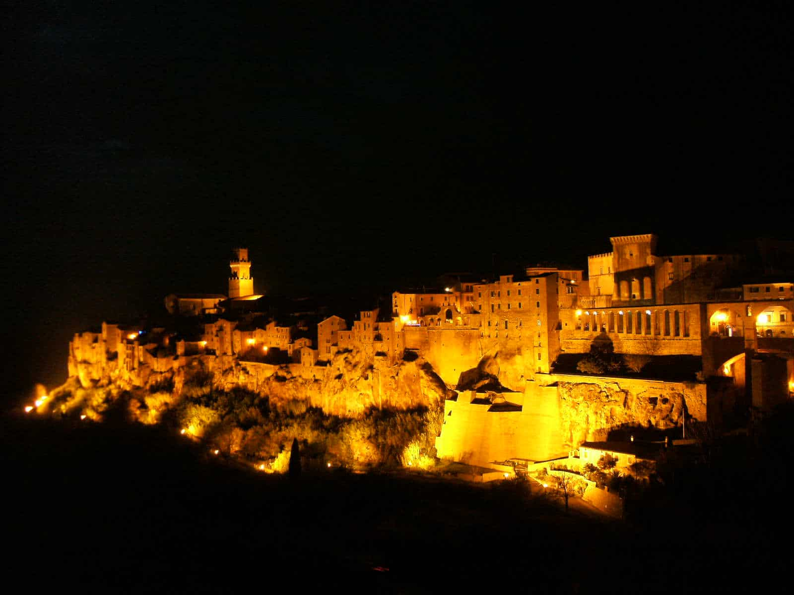 Pitigliano, un oraș din piatră