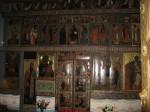 Numeroase icoane vechi înfrumusețează interiorul catedralei