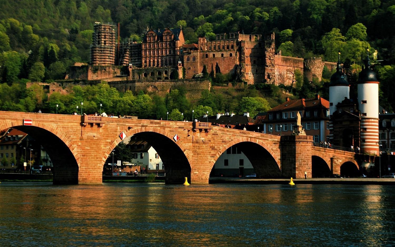 Podul care duce spre Castelul Heidelberg