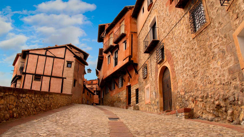 Albarracin, orașul construit pe crestele munților