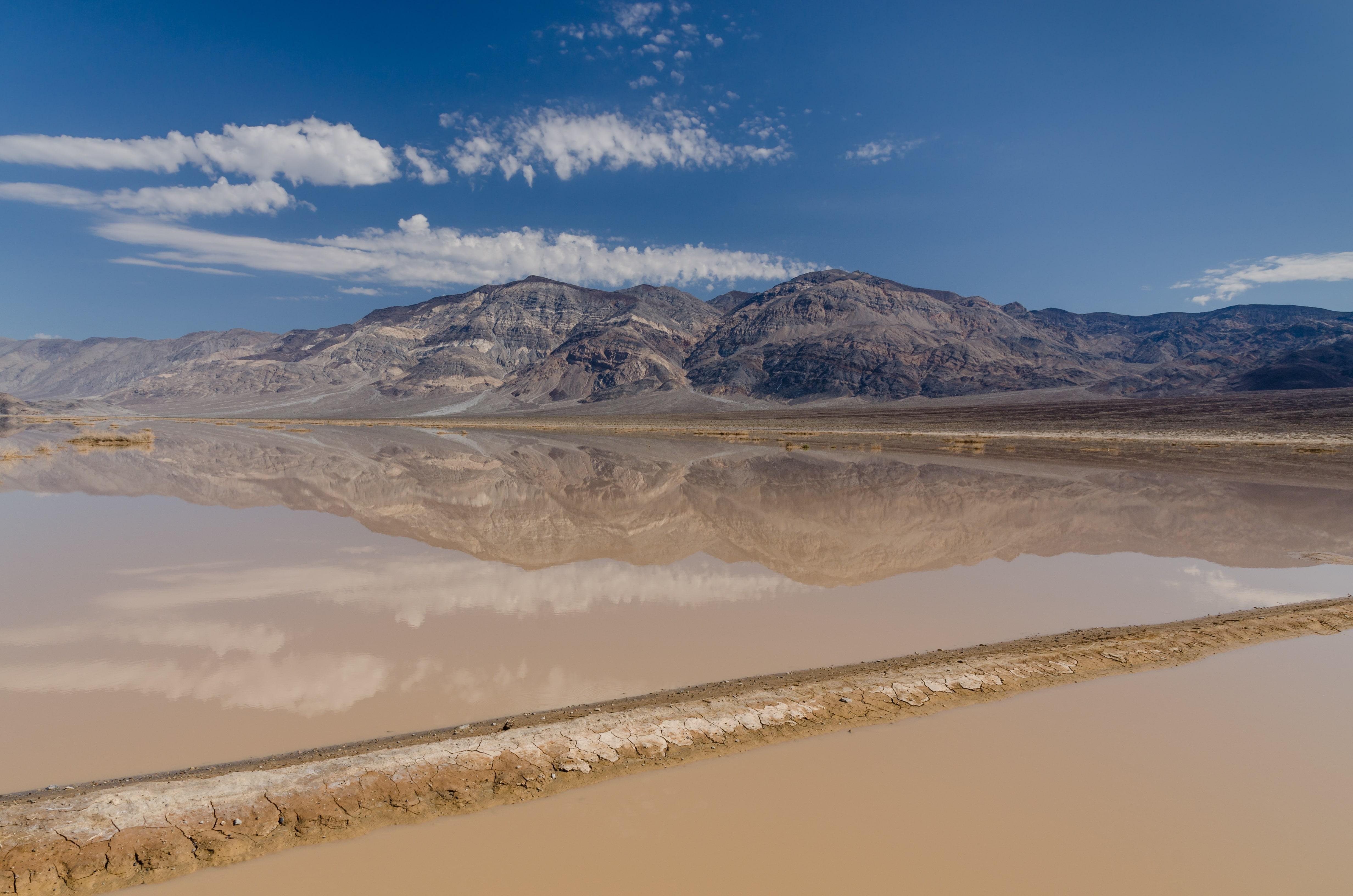Badwater, un loc fascinat dar pustiu