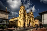 Numeroase biserici vechi se regăsesc în La Candelaria