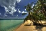 Plajele întinse garantează petrecerea unei vacanțe de vis