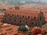 Bologna, orașul clădirilor din cărămidă roșie
