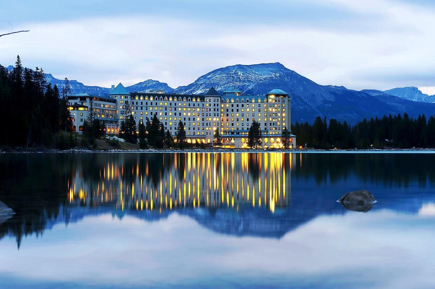 Castelul Lacului Louise, Canada