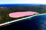Oamenii nu se sfiesc să încerce pe pielea lor apele de culoare roz