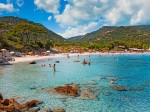 Plajele şi apele mării sunt adevărate oportunităţi pentru turişti