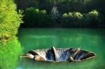 Vârtejul din mijlocul lacului, mecanismul prin care nivelul apelor este constant