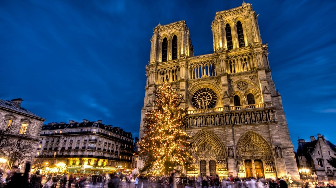 Turnul Eiffel, o construcţie uimitoare