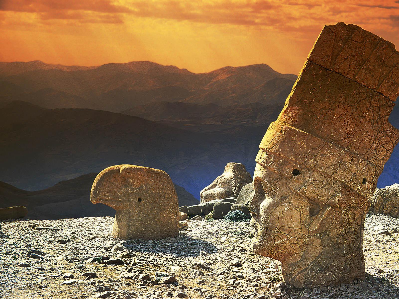 Muntele Nemrut, Turcia
