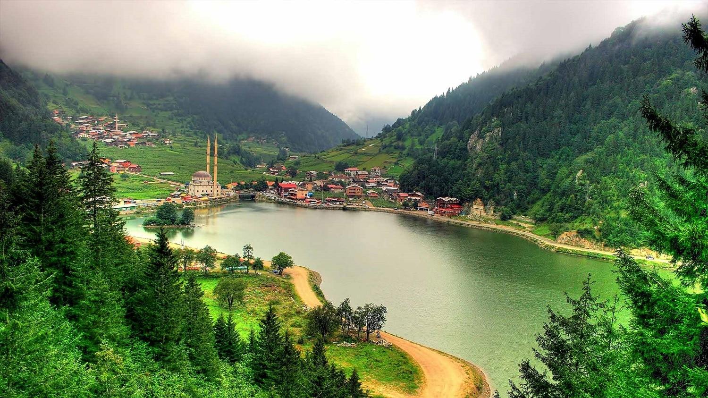 Lacul Uzungöl, Turcia